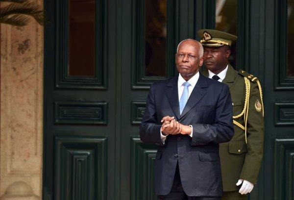 Angola: José Eduardo dos Santos annonce son départ du pouvoir en 2018
