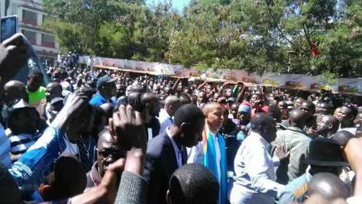 Ce mercredi 10 mai en direct de Lubumbashi : Journée quasiment fériée toute la population sima ya Moïse.