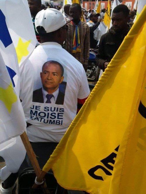 """En direct du Meeting de l'opposition sur le Boulevard Triomphal avec la brigade """"YEBELA"""""""