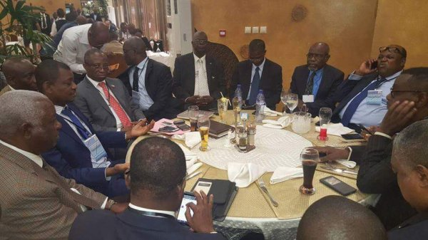 Journée ville Morte en images: Kabila-Kodjo et Kamerhe degage!