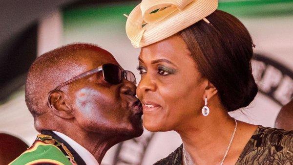 Felix Tshisekedi na Monseigneur Monsengwo basangani mpe ba pesi mot d'ordre mpona ko bengana Kabila