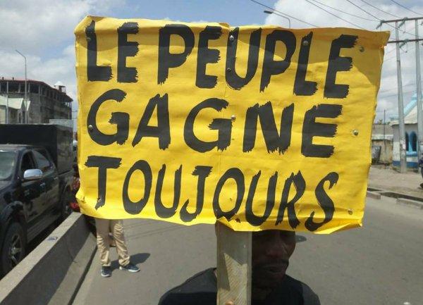 """Félix Tshisekedi répond à ceux qui l'accusent de""""collaborer avec Kabila""""et annonce la réconciliation de 2 branches de l'UDPS en conférence de presse à BXL"""