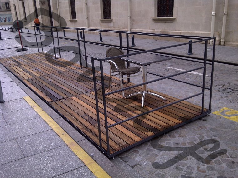 Bonnif Fabrication Terrasse Restaurant Avec Caillebotis Bois Nancy