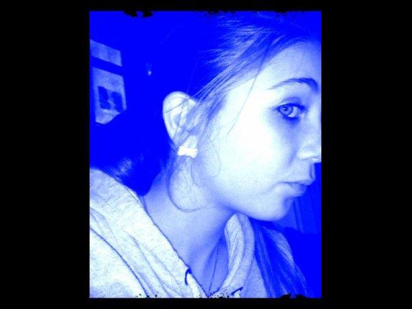 Toute bleu :D