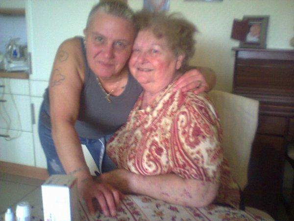 mamie & moi le 23 / 06 / 2012