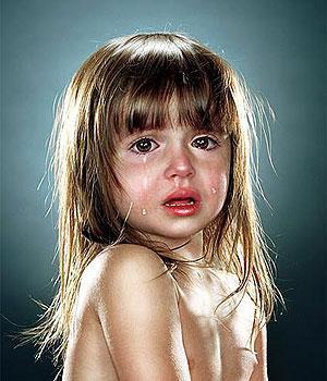 Ne pleurs jamais pour une personne qui ne verserais même pas une larme pour toi !