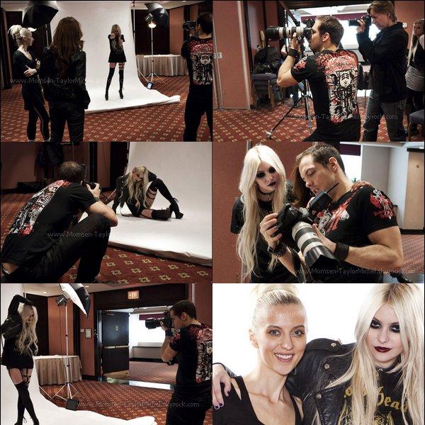 .04/2011, Des photos de Taylor durant sa séance de photoshoot pour le magazine Faz, sont apparues..