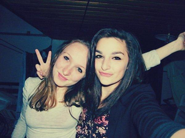 Une amie, c'est pas celle qu'on cherche, c'est celle qu'on trouve.♥