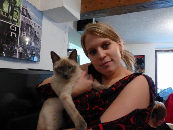 Moi et mon petit chat d'amour
