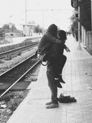 Il m'a empoisonnée de son amour, et depuis, son venin me détruit chaque jour..