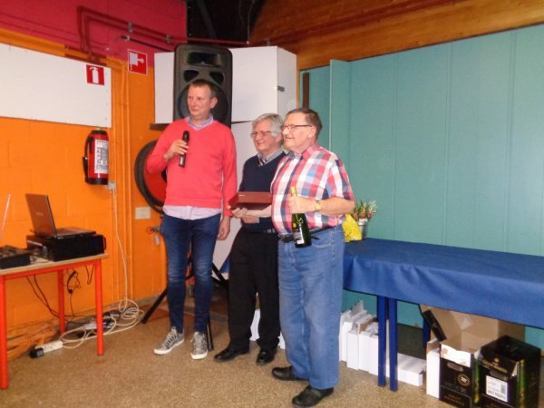 La remise des prix du BPC 2 OR pour moi. En Huppé Allemand et en Llarguet Espagnol.