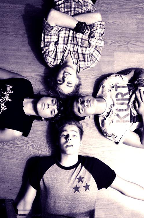 5 Seconds Of Summers ♥♥♥♥