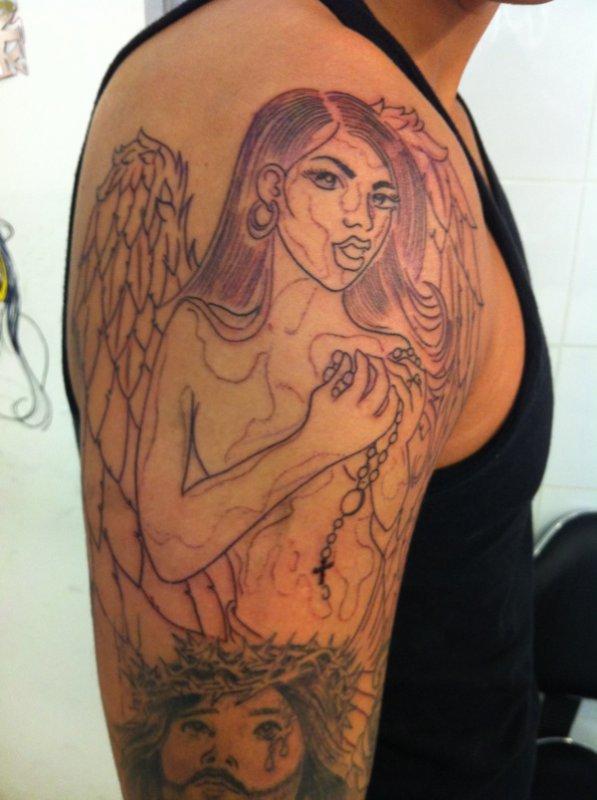 Suite Bras Religieux Femme Ange Tattoo