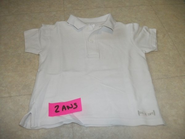 Polo blanc -taille 2 ans - 3 euros