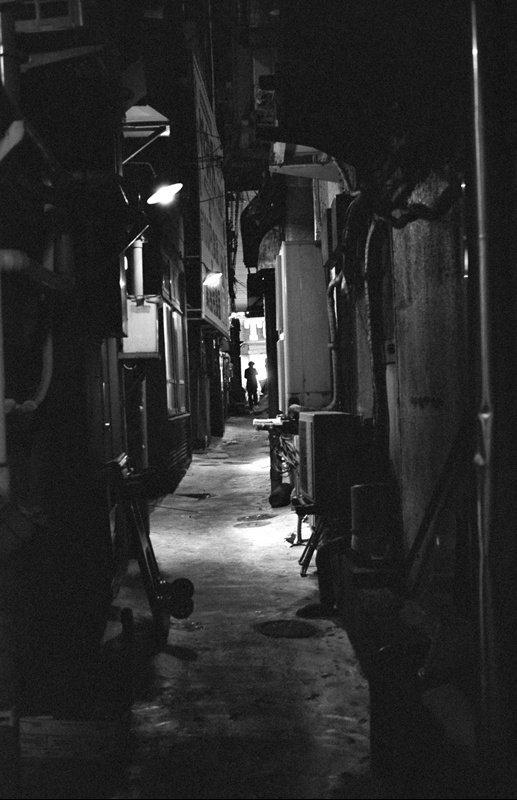 Les monstres existent, et les fantômes aussi. Ils vivent à l'intérieur de nous..