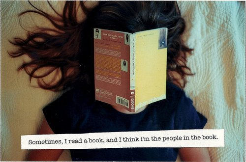 .   « Je suis tombée amoureuse des mots, pas des gens. »    .