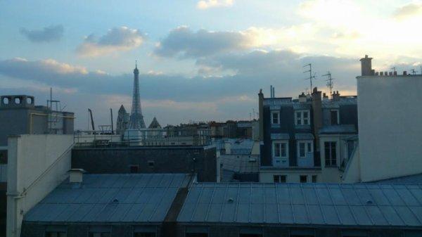Sur les toits de Pariis ...
