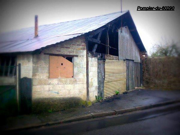 Feu de bâtiment ... Début Mai ... Laigneville (60)