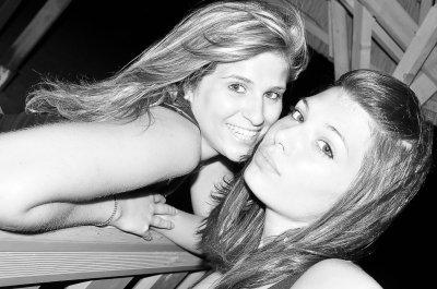Un ange , mon ange , le plus précieux ... Une des plus belles rencontres de ma vie & cela depuis 11 ans , tu sais à quel point Je t'aime . Cet été le meilleur à tes côtés. <3