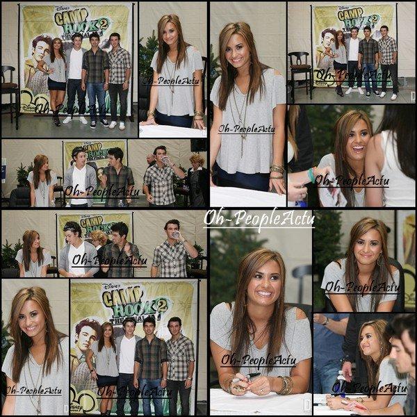 01/09: Demi et les Jonas rencontrent leurs fans et ont signés des autographes dans un magasine Wal-Mart à Rochester Hillson, au Michigan. Je trouve Demi vraiment sublime et les Jonas sont vraiment super beau  ^^. Et toi qu'en penses-tu?