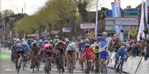 Grand Prix de Denain Arnaud Démare (FDJ) a remporté au sprint massif 13/4/2017.