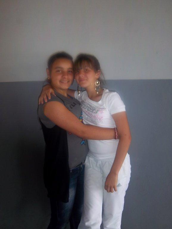 Amel & Ines <3