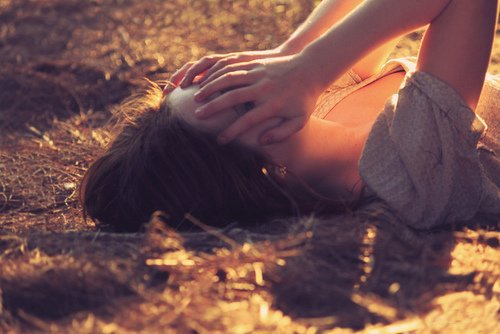 On croit toujours que certaines relations sont si fortes qu'elles pourront résister à tout, mais ce n'est pas vrai.. Toutes les histoires ont une fin. ♥