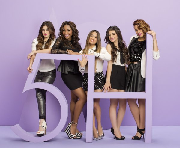 Jelena is back ? + Fifth Harmony en tournee avec Cher LLoyd?