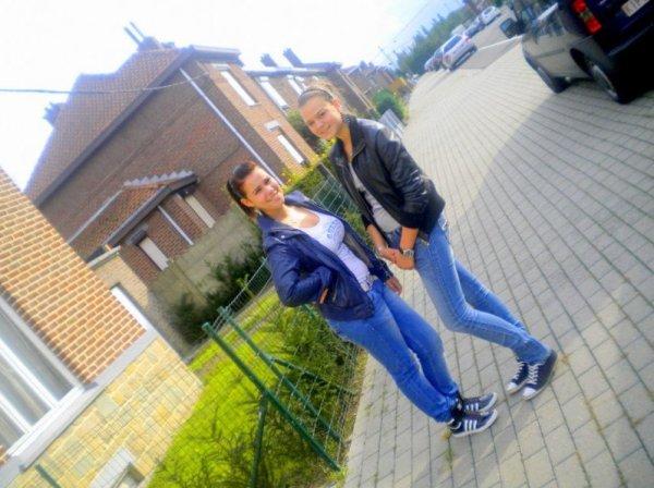 Mon amie, ma soeur, la plus importante. ♥