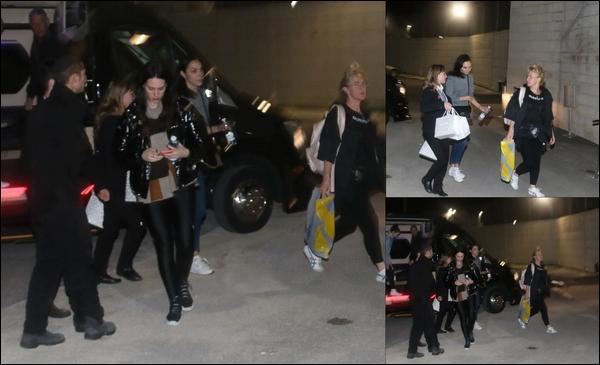 03/01/2019 -   Gal était à l'aéroport avec son mari et des amis pour un vol pour les Maldives à Tel Aviv