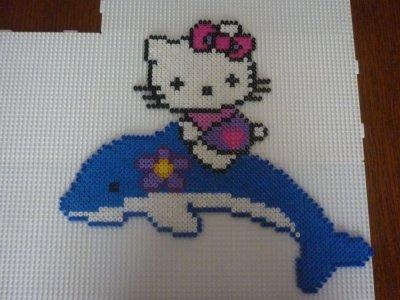 Hello Kitty Sur Un Dauphin Pour Ma Fille Que Jaime Blog De Mamypapou
