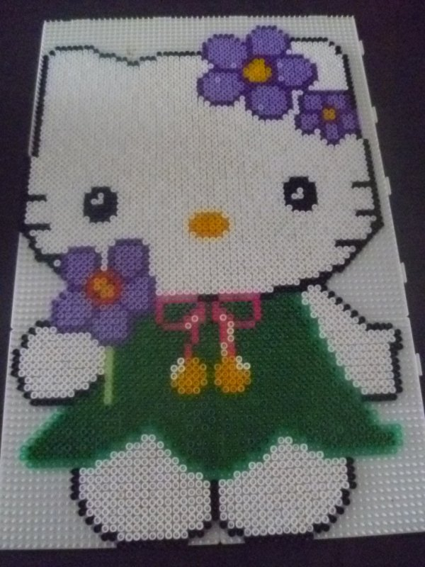 hello kitty pour alison