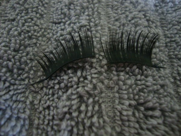 Tutoriel : Comment mettre des eyelashes à notre pullip ? 2ème partie