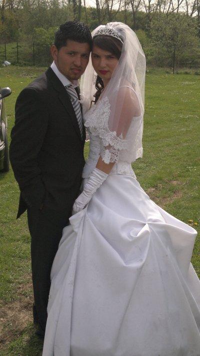 ls jeunes mariés