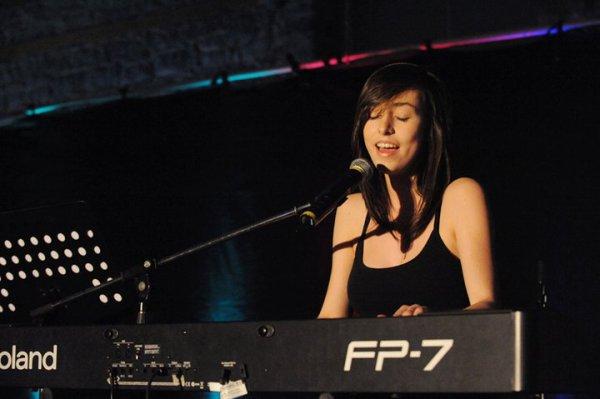 alexandra qui chante
