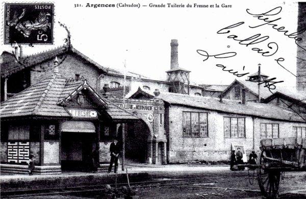Gare du Fresne d'Argences, avec la Tuilerie
