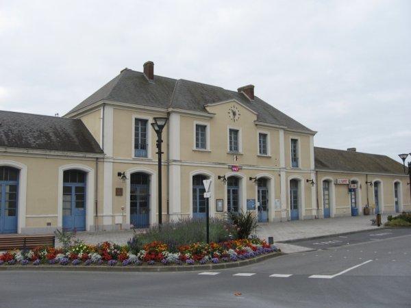 Gare de Mézidon en 2007