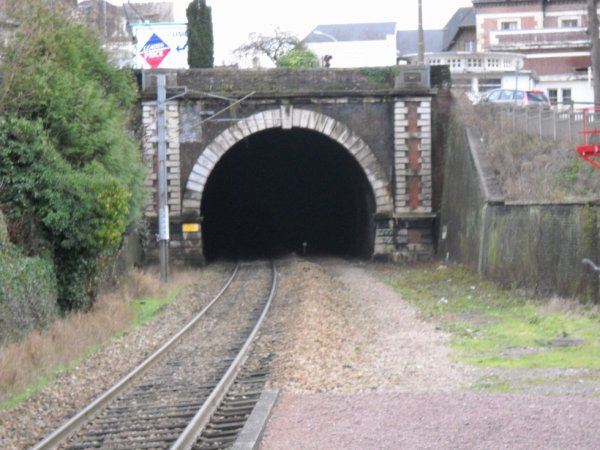 Lisieux - Tunnel du Grand Jardin