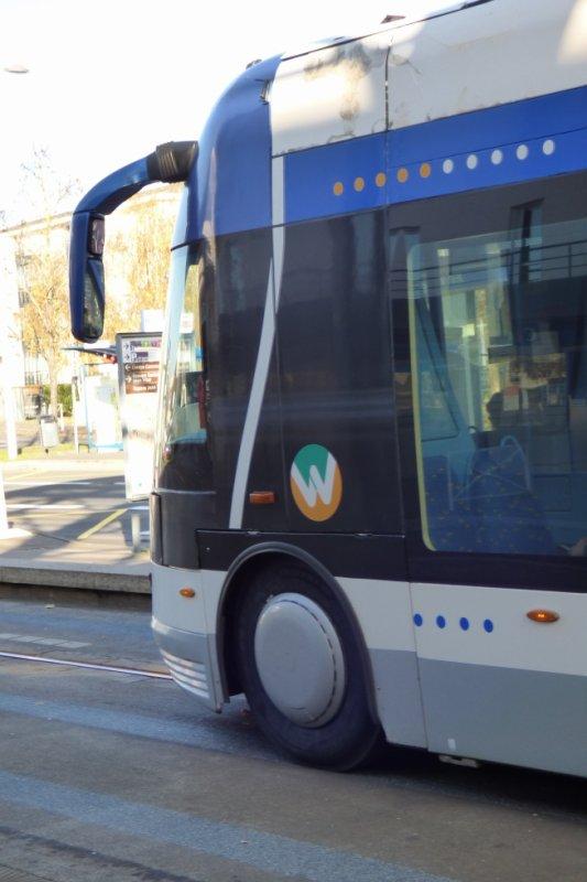 Roues directrices du tram de Caen