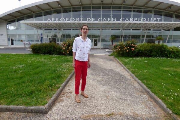 Entrée de l'aéroport de Carpiquet