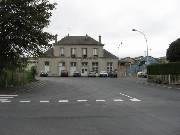 Gare de Saint-Pierre-sur-Dives en 2007
