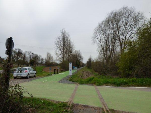 Voie verte parallèle à la ligne Caen Flers à Etavaux (entre Fleury et Saint-André)