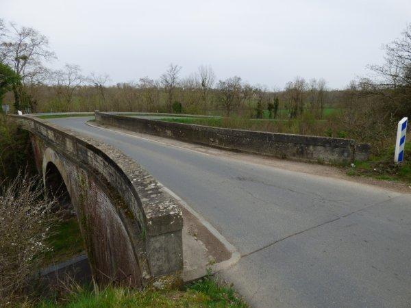 Pont routier sur la ligne Caen Flers à Saint-André