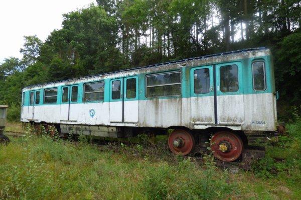 Motrice Métro à Pneus de Paris de la ligne 6 à Pont-Erambourg