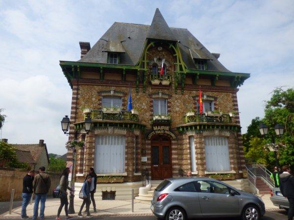 Mairie de Ménilles
