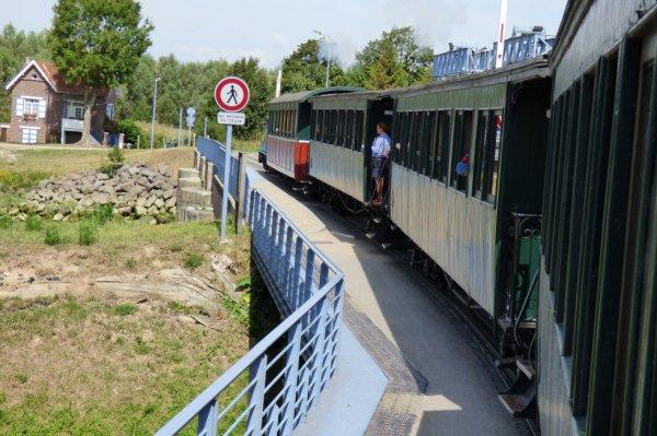 Passage sur l'écluse à Saint-Valéry-sur-Somme
