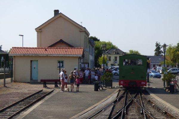 Retournement de la locomotive 3714 à Noyelles