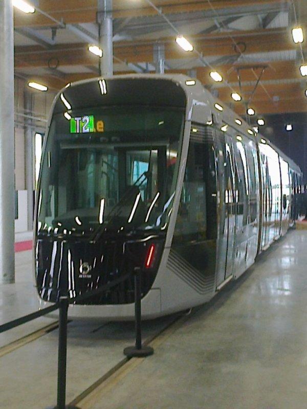 Nouveau tram de Caen dans son atelier ouvert au public le 2 mars 2019