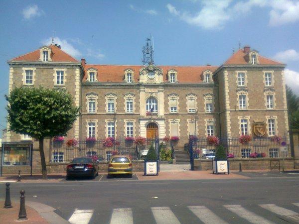 Mairie d'Issoire (63)