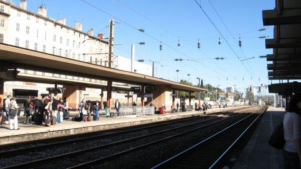 Quais et voies à Toulon